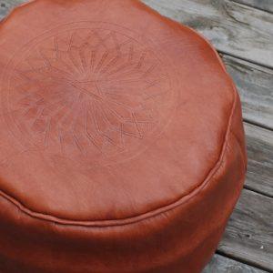 leatherpouf