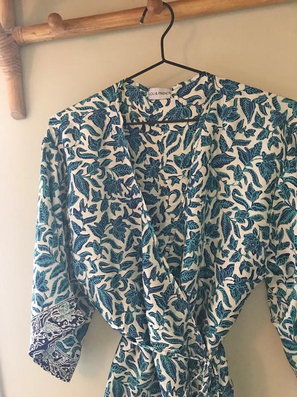 Home Kläder Kimonos   kaftaner Silk blouse blue 8662caf818863
